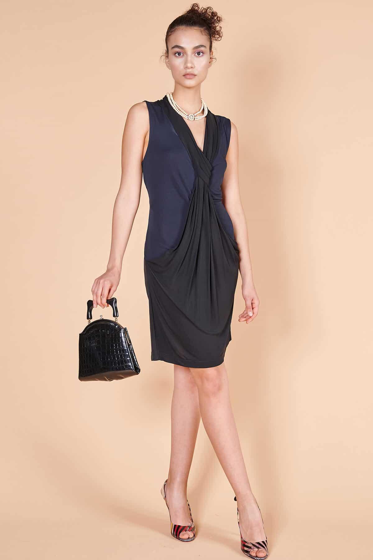 2000'ler Diane von Furstenberg siyah jarse diz üstü elbise