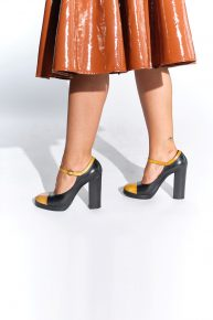 90lar Marc Jacobs ayakkabısı hardal sarısı kalın topuklu siyah ayakkabı