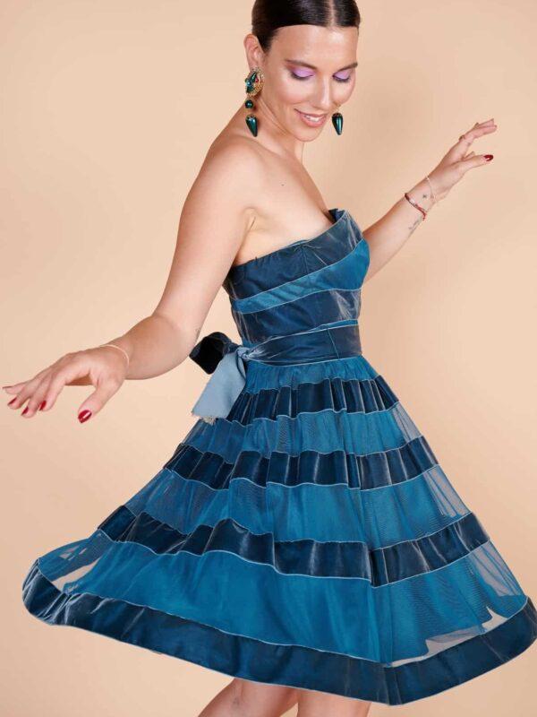 Vintage etek retro etek 2000'ler Betsey Johnson gece mavisi straplez kordeleli mini elbise