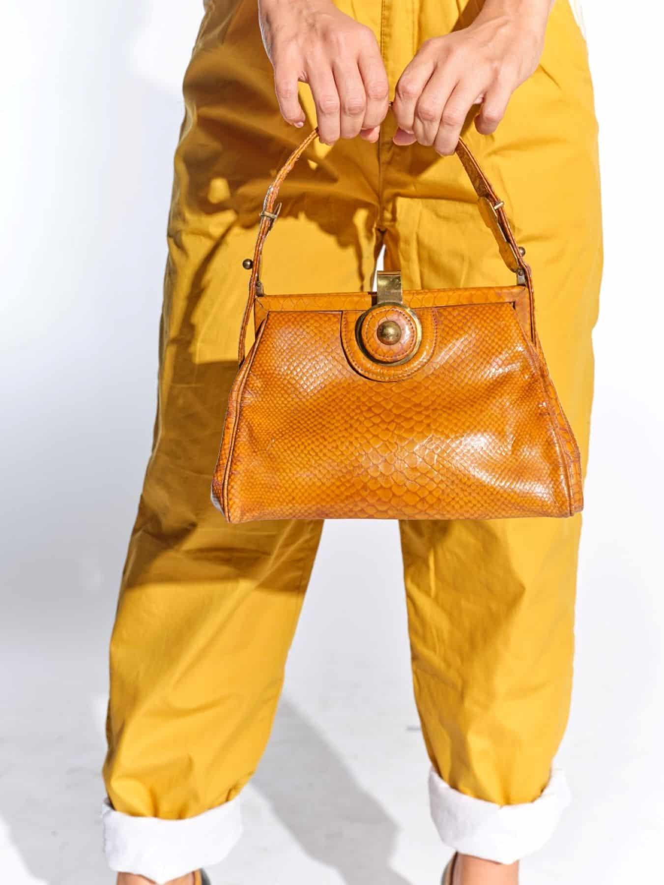 50ler taba rengi krokodil baskılı vintage çanta