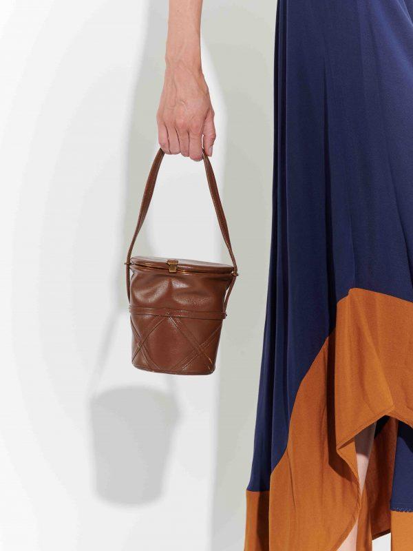 70'ler saksı formunda deri el çantası