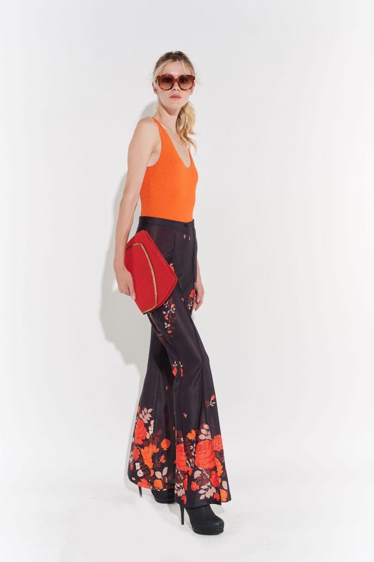 Retro Turuncu pembe güllü İspanyol paça siyah saten pantolon