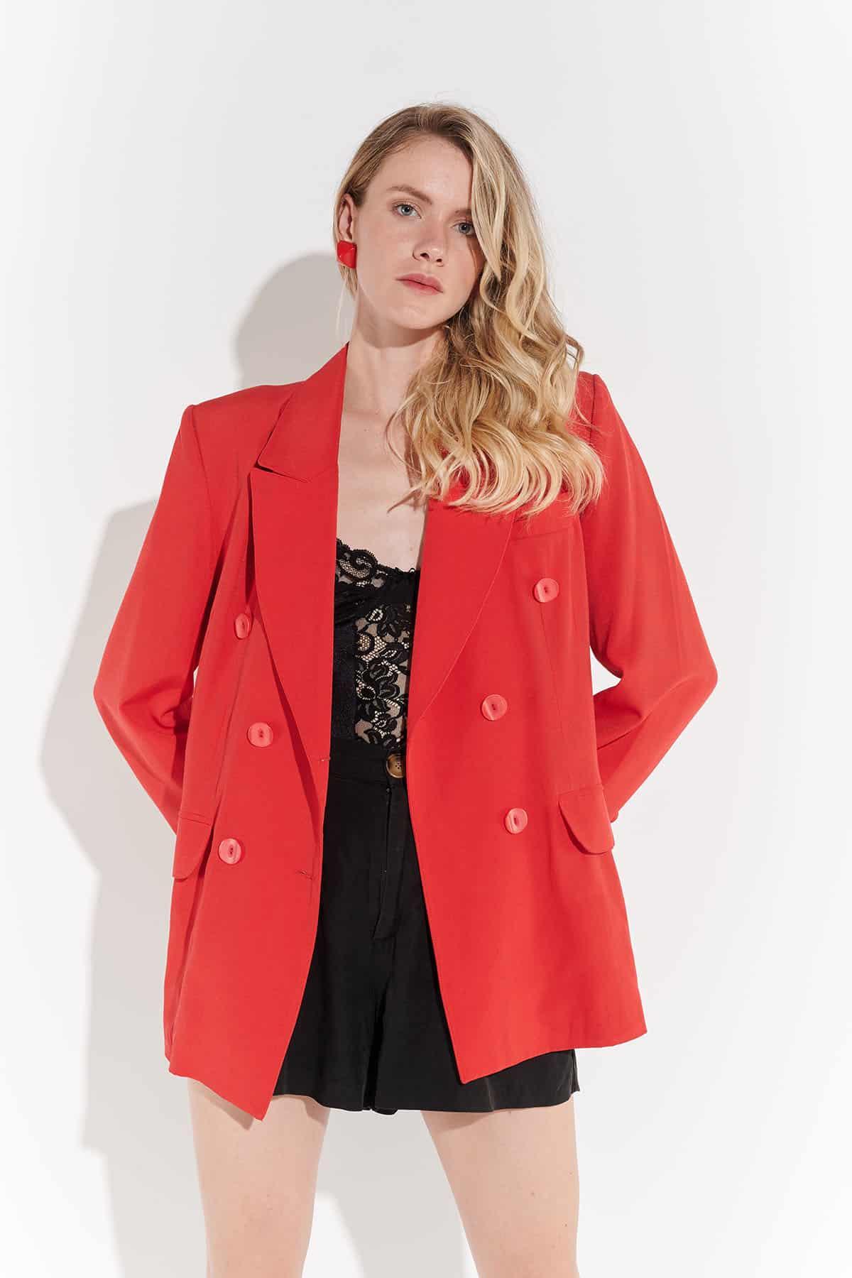 Vintage elbise, retro giyim, 90'lar maskülen kırmızı gabardin geniş yaka vintage ceket
